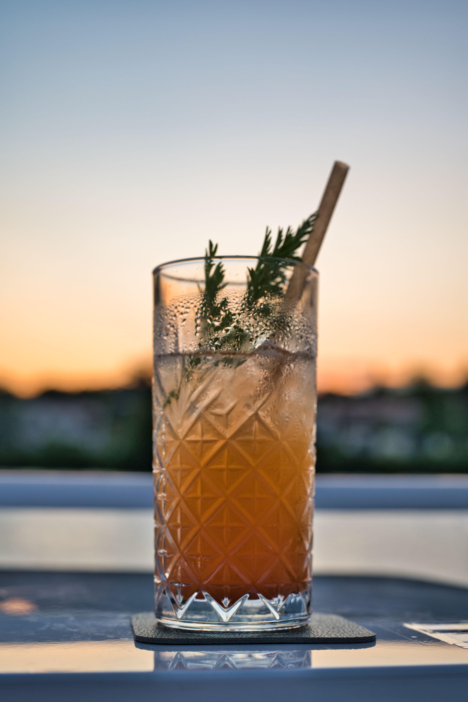 Cocktail sur le pont soleil du Saône