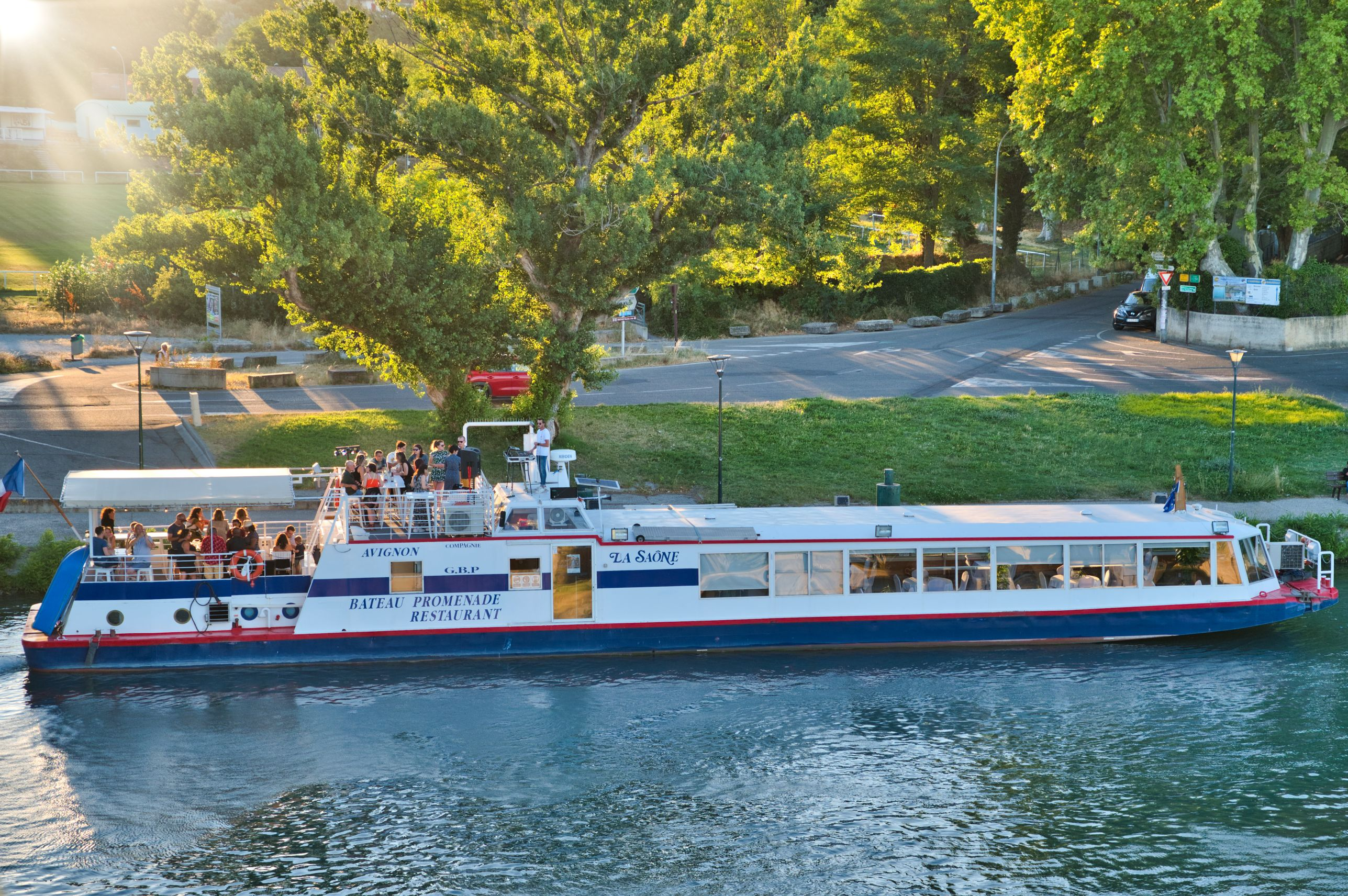 Promenade en bateau à bord du Saône