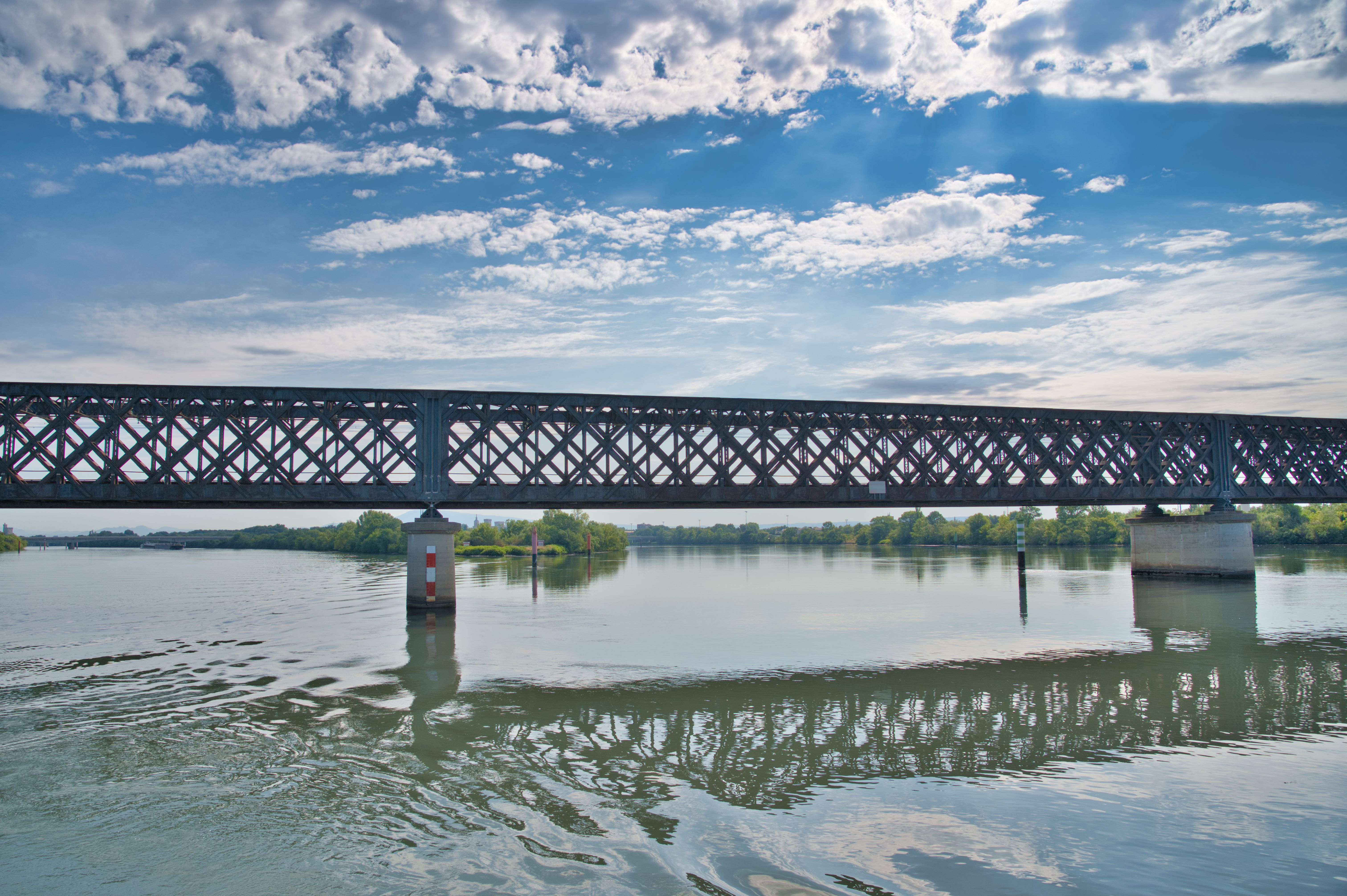 Le Pont Eiffel à Avignon